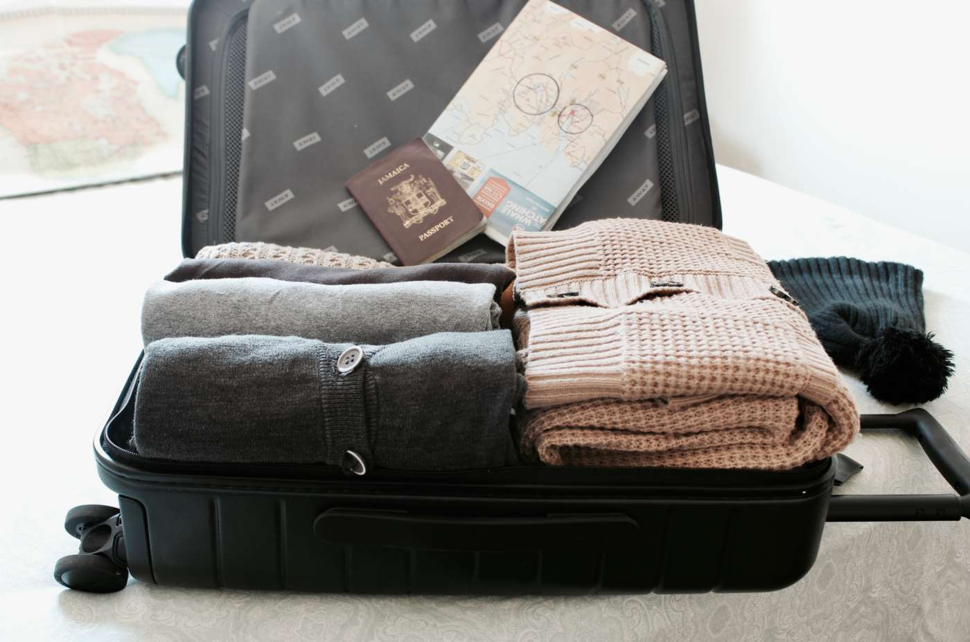 the-world-up-closer-away-luggage