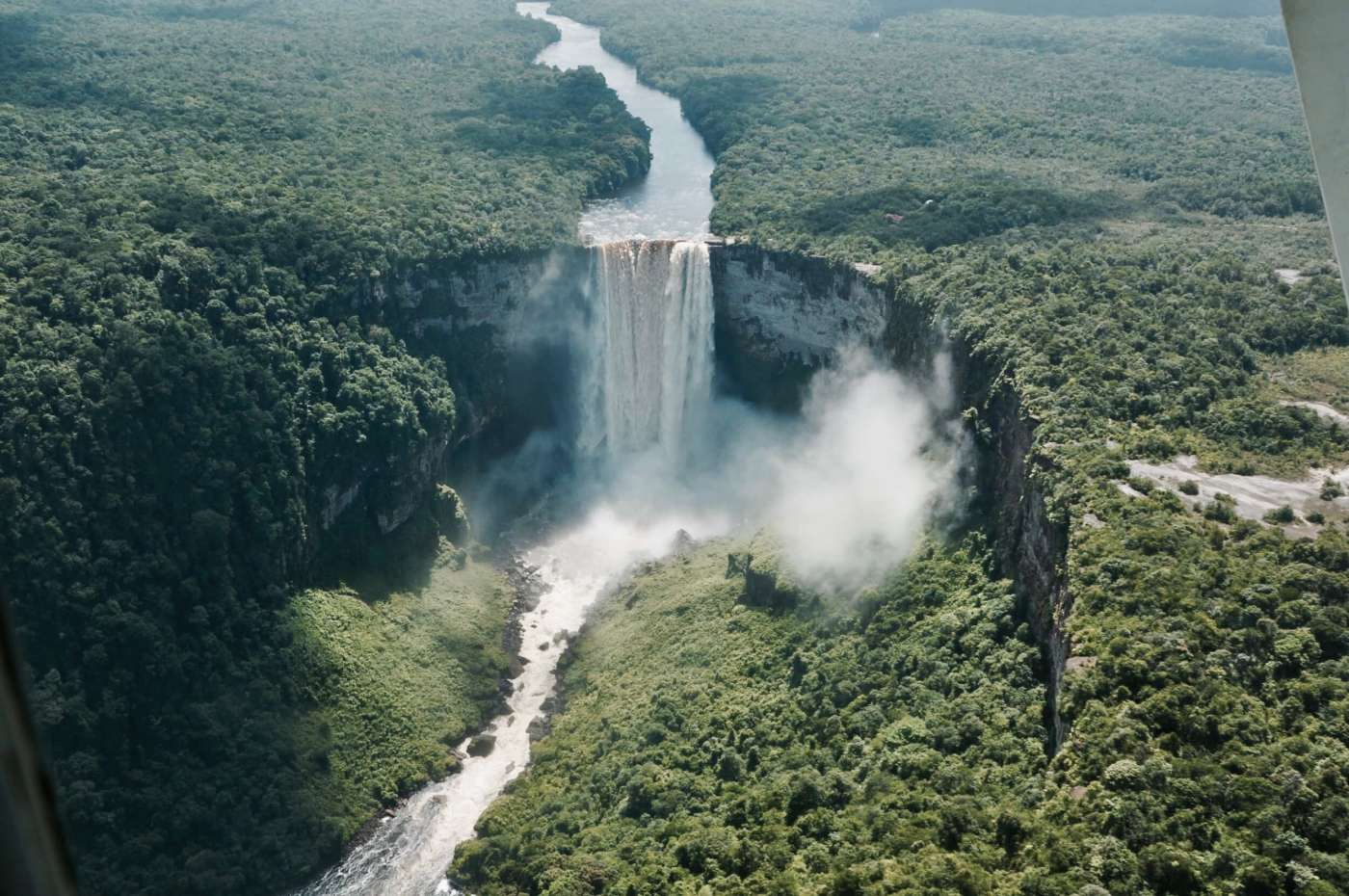 Kaieteur-Falls-guyana-the-world-up-closer